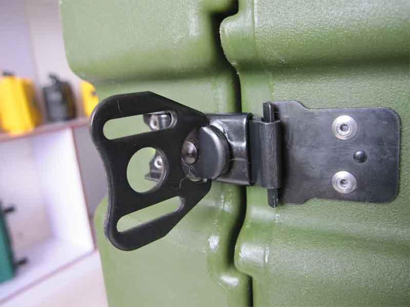厂家直销三军行机架箱RU110 设备安全箱 减震机架箱 无线通讯设施箱防雨淋设备安全箱